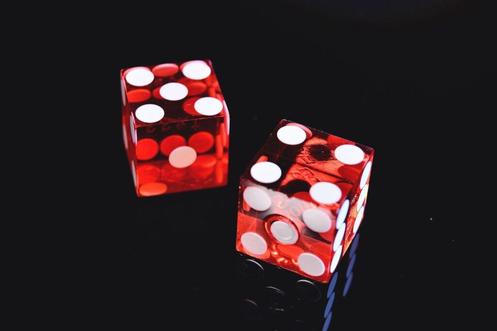 Play Europa Casino Dice Games - 2 dice.